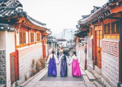 Người Hàn đưa văn hóa vào phim khéo léo như thế nào?