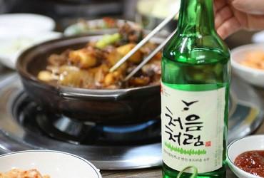Văn hóa uống rượu Soju của người Hàn